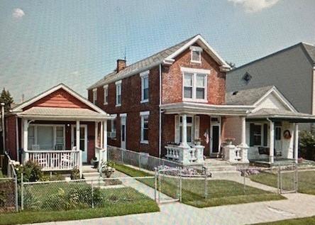Linden houses